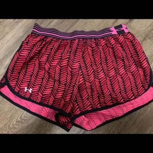 Under armour shorts small